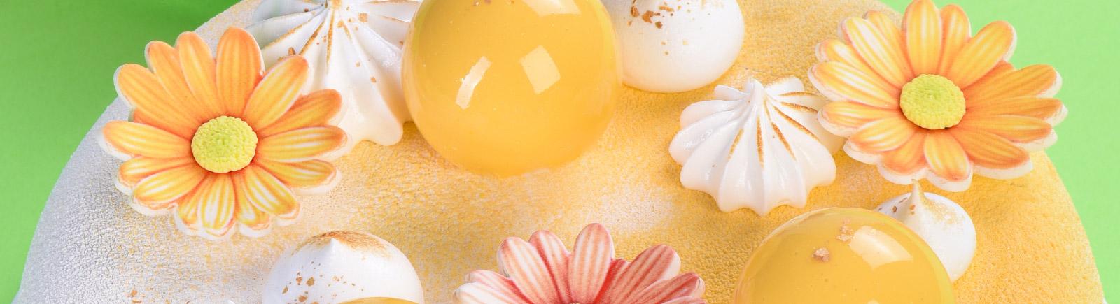 Fiori e decorazioni in zucchero
